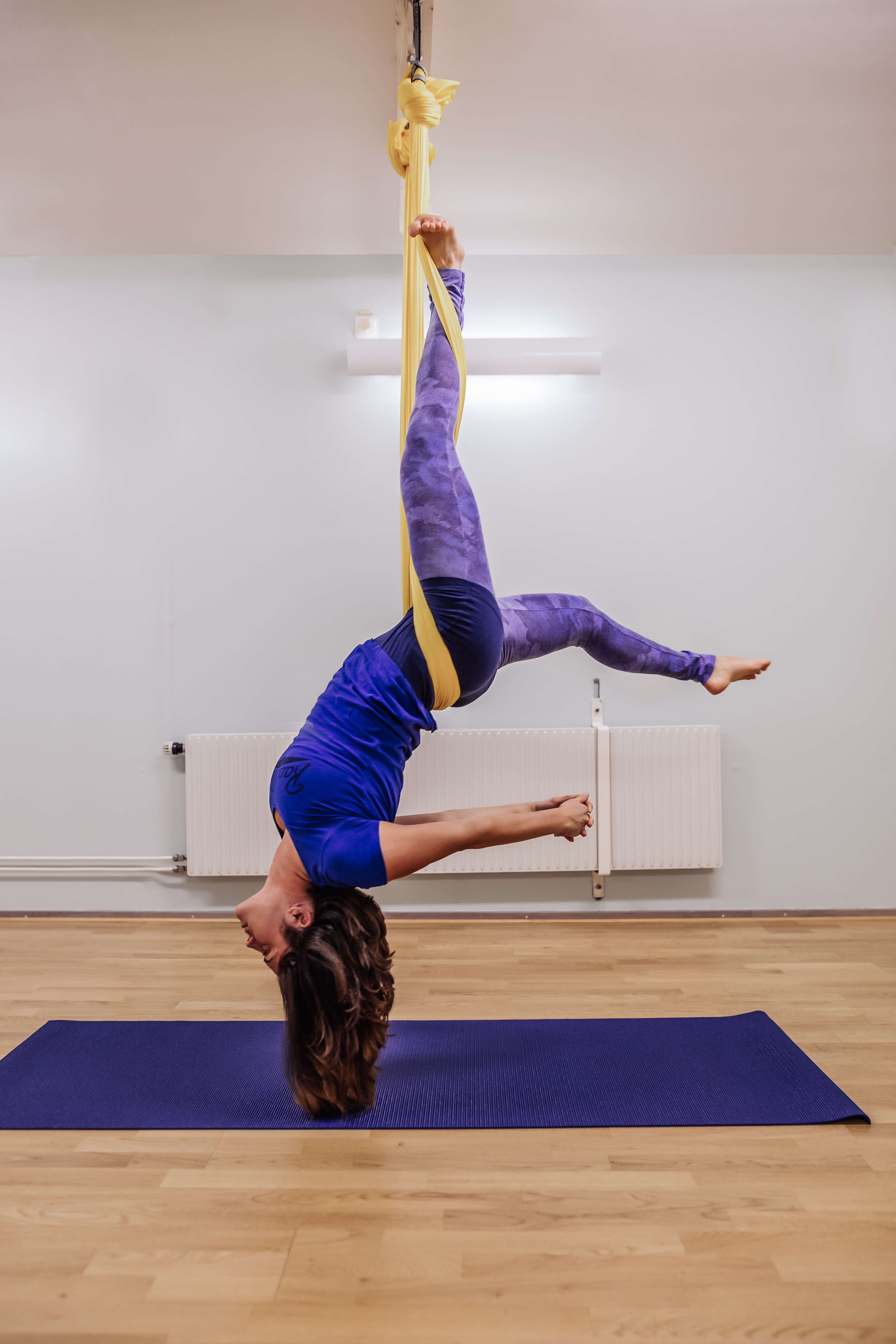 Aerial Yoga In Helsingborg Learn How To Fly An Develop Trust