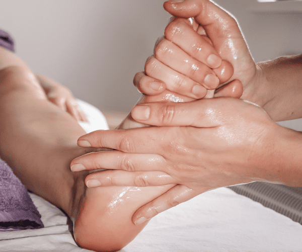 ayurvedic massage abhyanga footmassage