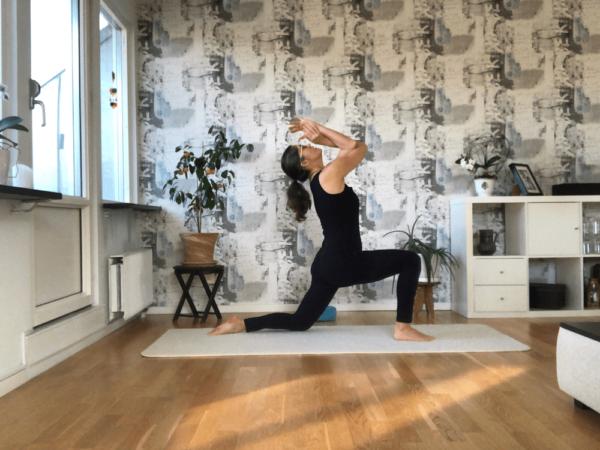 träna yoga hemma